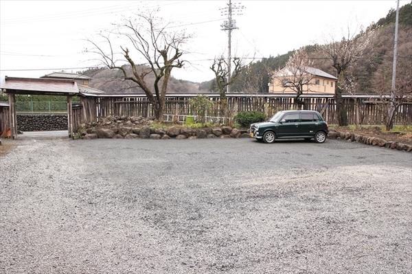 parking2.jpg